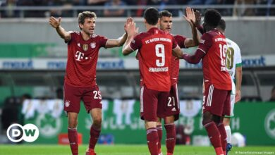 Photo of Despite the expulsion of Pavard, Bayern continues its victories and leads the German league |  Sports |  Reports and analysis of the most important sporting events from DW Arabic |  DW
