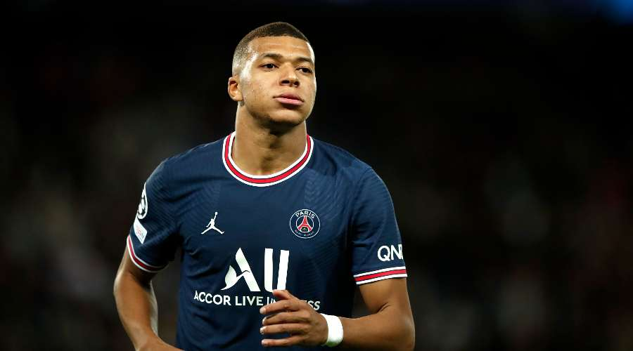 The totally insane premium requested by Mbappé