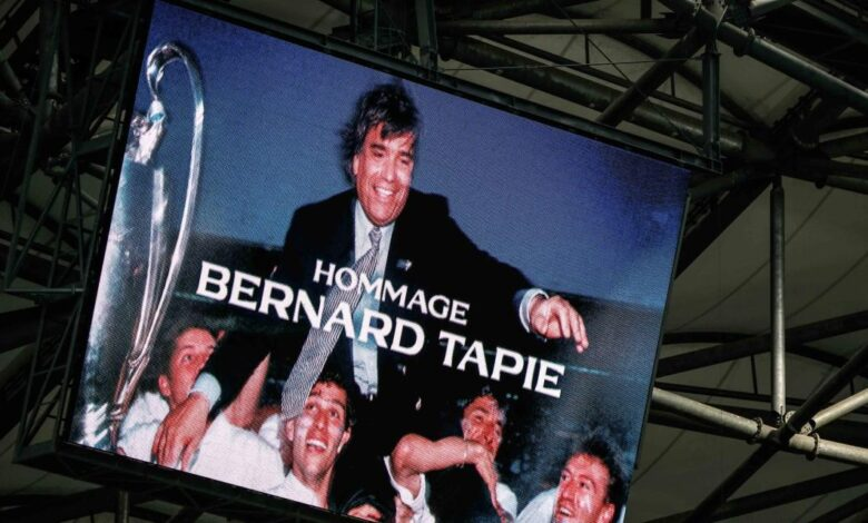 Photo of XXL tifos, banners, messages … The magnificent tribute of the Vélodrome and the players to Bernard Tapie
