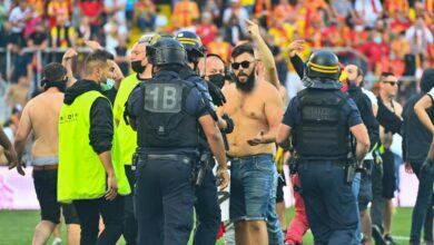 Photo of a supporter heavily sanctioned after the incidents in Lens